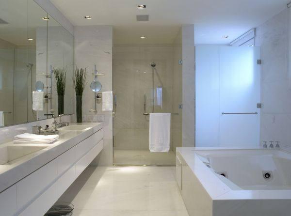 Decoração para Banheiro de Casal  Dicas e Fotos -> Dicas De Decoracao De Banheiro Com Banheira