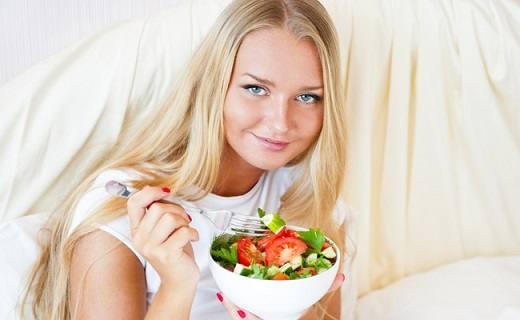 alimentos-que-auxiliam-na-beleza-feminina