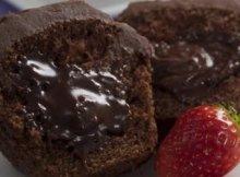 cupcake-com-recheio-cremoso-de-chocolate