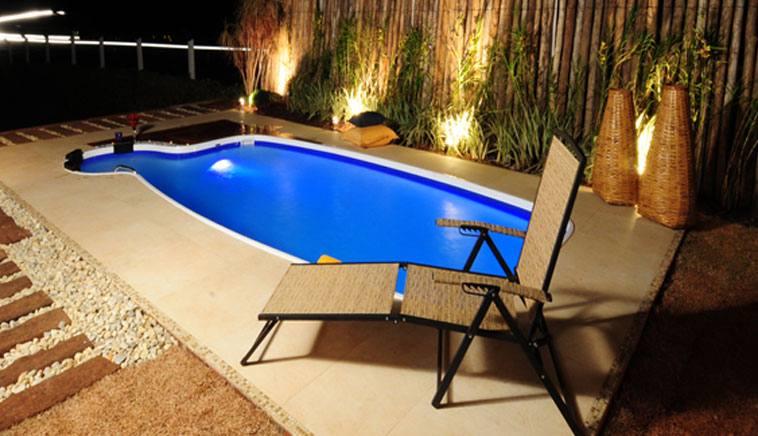 Modelos de piscinas simples para casa 8 dicas na internet for Modelos de piscinas para casas