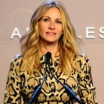 Julia Roberts Recebe Prêmio e Relembra Filme 'Uma Linda Mulher'
