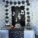 Decoração de festa de aniversário preto e branco – Temas e Dicas