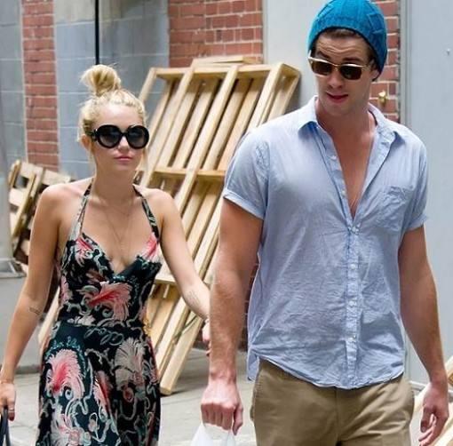 Miley-Cyrus-posta-foto-de-Liam-Hemsworth-2