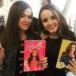Larissa Manoela e Maisa Silva postam foto de biquíni e movimentam as redes sociais