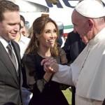 Anahí revela o que o Papa Francisco lhe disse em sua visita ao México