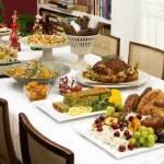 Dicas para decorar um almoço de Natal e o que servir