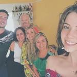 Bia Arantes de 'Carinha de Anjo' mostra sua família