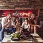 William Levy dá as boas vindas ao ano de 2017 ao lado da sua família