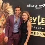 Sebastián Rulli e Angelique Boyer brilham em evento teatral