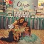 Jacqueline Bracamontes comemora o aniversário da filha com festa de princesa
