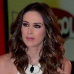 Jacqueline Bracamontes pode apresentar dois programas em emissoras diferentes