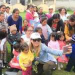Angelique Boyer participa de ação social da Televisa