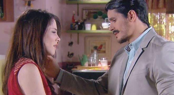 Resumo Carinha de Anjo (13/11): Zé Felipe fica com ciúmes de Miguel