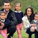 Jacqueline Bracamontes mostra toda sua família nas redes sociais e recebe elogios