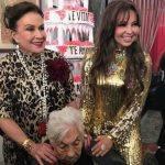 Laura Zapata apronta com Thalia na festa de aniversário de 100 anos de sua avó
