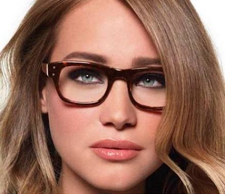 maquiagem-para-quem-usa-oculos-6