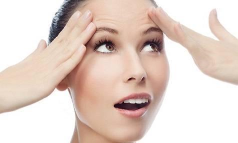 Como tratar as rugas da testa