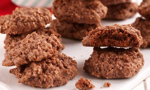 biscoito-de-chocolate-e-amendoas