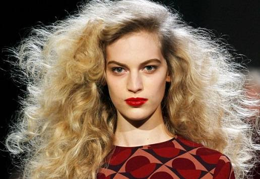 domar-cabelos-volumosos