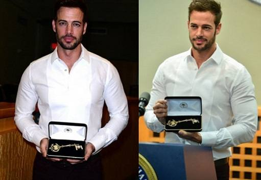 william-levy-recebe-as-chaves-de-miami