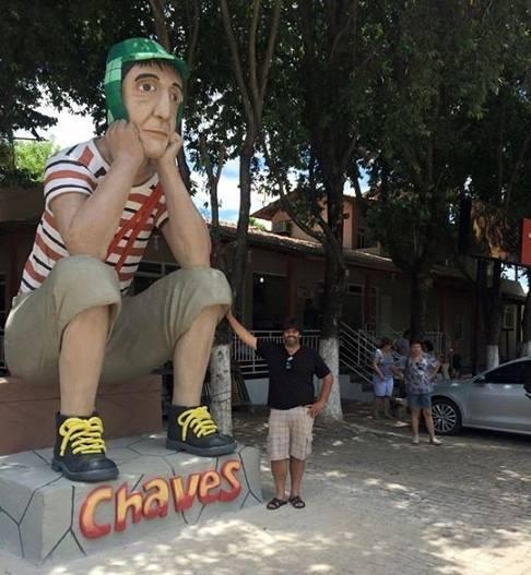 estatua-do-chaves