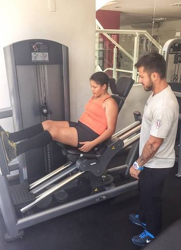 aysha-benelli-pratica-exercicios-fisicos-2