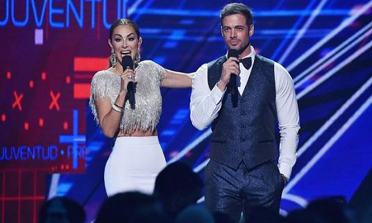 william-levy-se-destaca-no-premios-juventud-2015-4