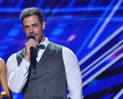 william-levy-se-destaca-no-premios-juventud-2015-6