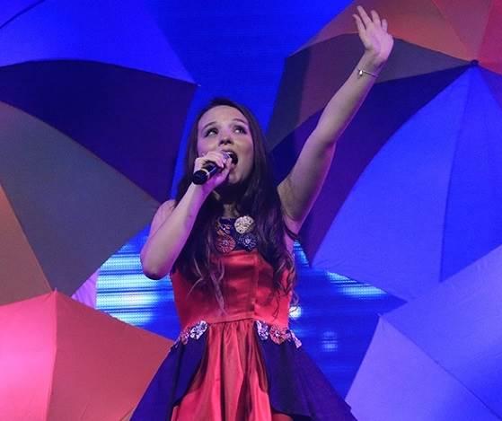 11bf2dcd9cc62 Larissa Manoela Faz Show em Natal com Plateia Lotada - Dicas na Internet
