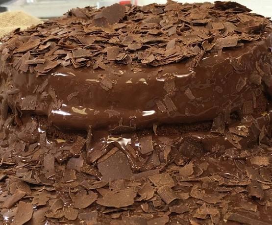 receita-de-bolo-de-chocolate-de-pascoa
