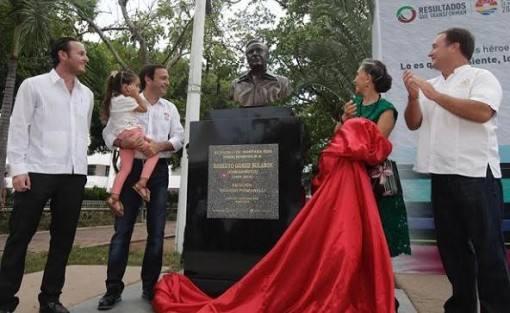 roberto-gomez-bolanos-foi-homenageado-no-mexico-3