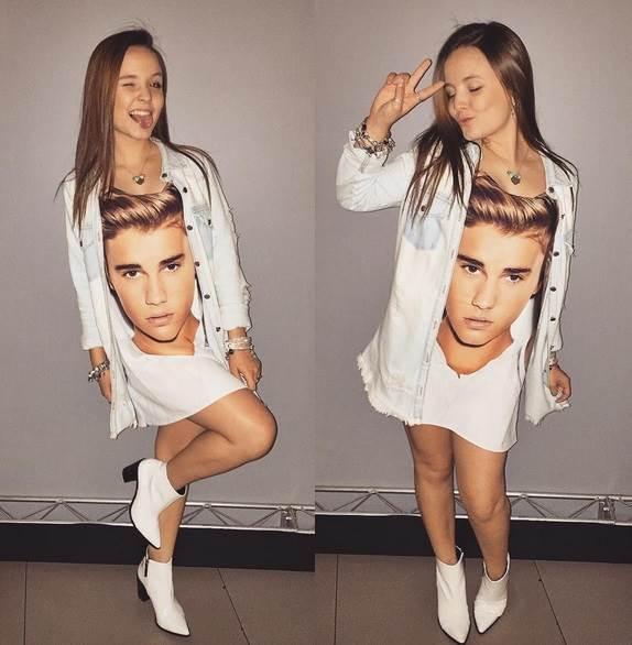 c34c37a2b3540 Larissa Manoela posta foto usando camisa com rosto de Justin Bieber ...