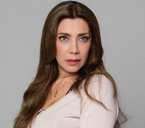 cynthia-klitbo-atriz-novela-Teresa-se-divorciou