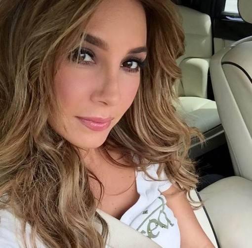 elizabeth-gutierrez-fala-de-lancamento-de-produtos-de-beleza-e-sobre-william-levy