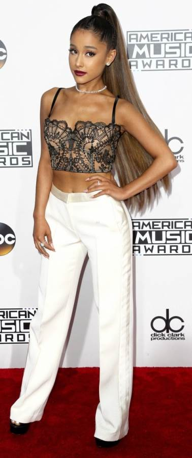 ariana-grande-american-music-awards-2016-2