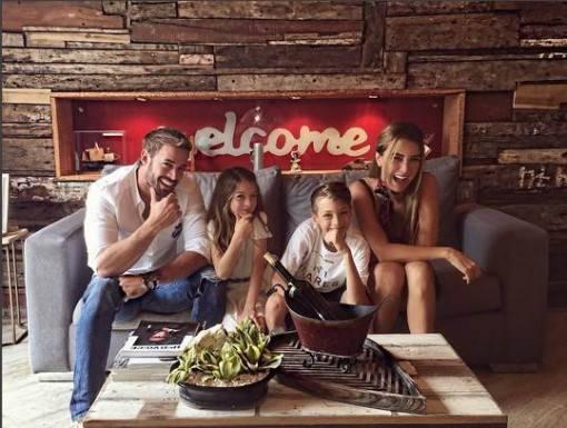 william-levy-da-as-boas-vindas-ao-ano-de-2017-ao-lado-de-sua-familia