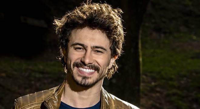 A novela As Aventuras de Poliana está chegando e promete ser mais um  sucesso do SBT. A trama traz rostos já conhecidos dos brasileiros e alguns  nem tanto, ... aae6c6f101