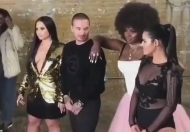 Maite Perroni e Demi Lovato  capa de revista