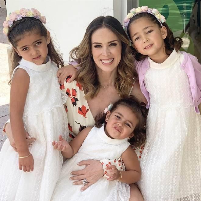 Jacqueline Bracamontes comemoração Dia das Mães