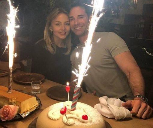 Angelique Boyer ganha festa de aniversário surpresa