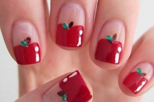 unhas vermelhas de maça