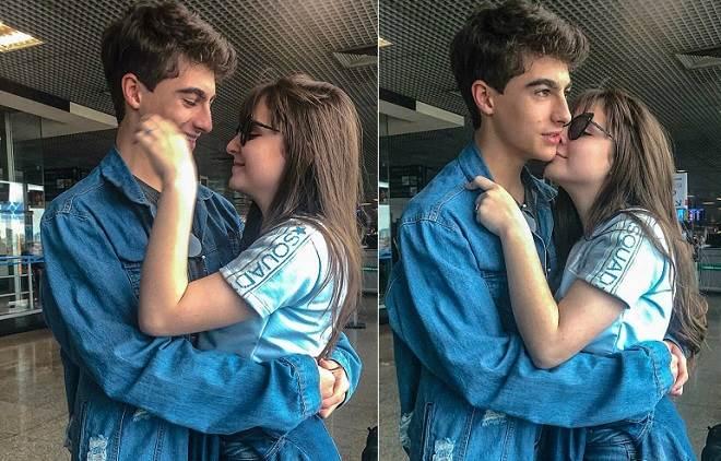 Sophia Valverde agarrada com o namorado