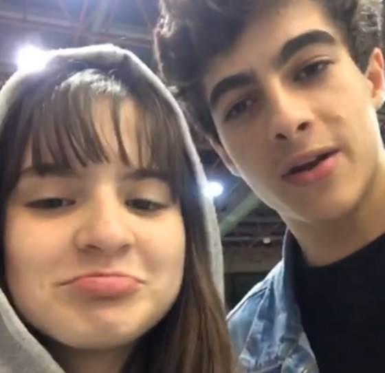 Sophia Valverde está triste por ter que se separar do namorado