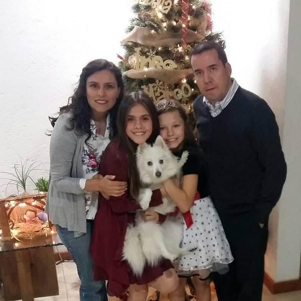 A Luz da novela Meu Coração é Teu é interpretada pela atriz mexicana Isabella Tena, que na época tinha 7 anos. A garota que nasceu no dia 27 de janeiro na Cidade do México está hoje com 12 anos de idade.