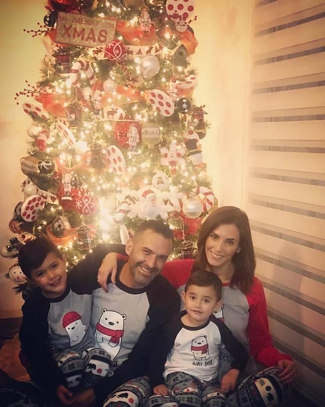 Mar Contreras mostra toda a família em clima de Natal