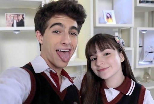 Sophia Valverde anuncia fim de namoro com ator de As Aventuras de Poliana