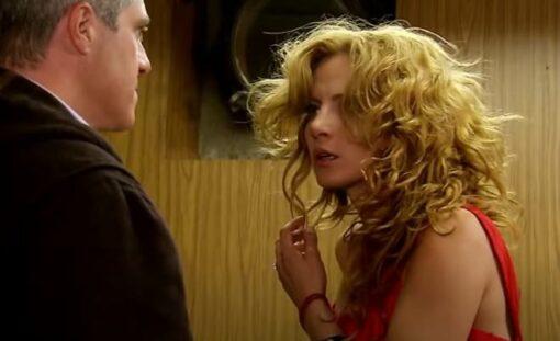 Quando Me Apaixono: Augusto bate em Renata