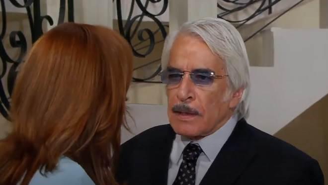 Amores Verdadeiros: Aníbal descobre que Paula é professora de Nikki