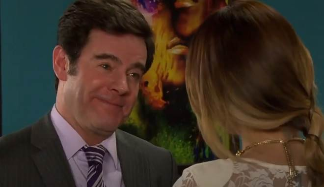 Amores Verdadeiros: Nelson incentiva casamento de Nikki com Roy