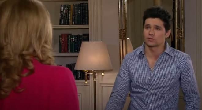 Amores Verdadeiros: Vitória conta para Roy sobre doença de Nikki